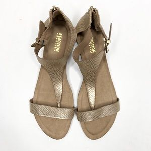 KENNETH COLE REACTION Great Gal T-Strap Wedge Gold